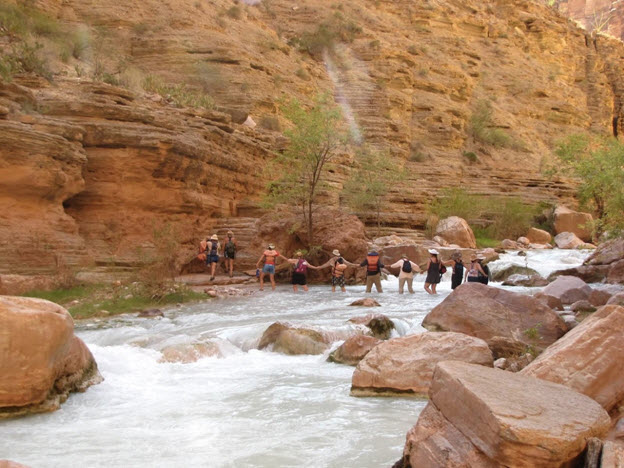 A day hike up Havasu Canyon (photo credit: Jenna Boisvert, Backcountry Babes)